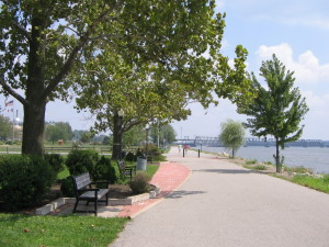 riverview-walking-path